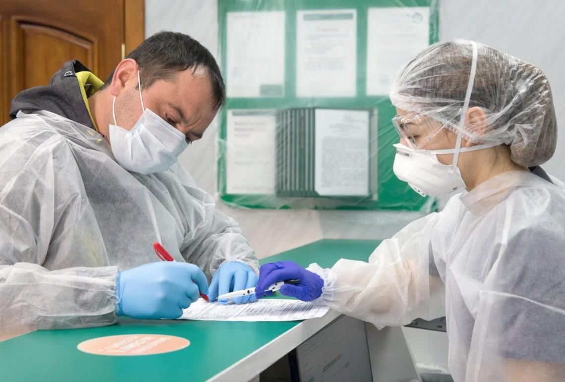 Більше 95 % медиків Рівненщини застрахувалися на випадок коронавірусу