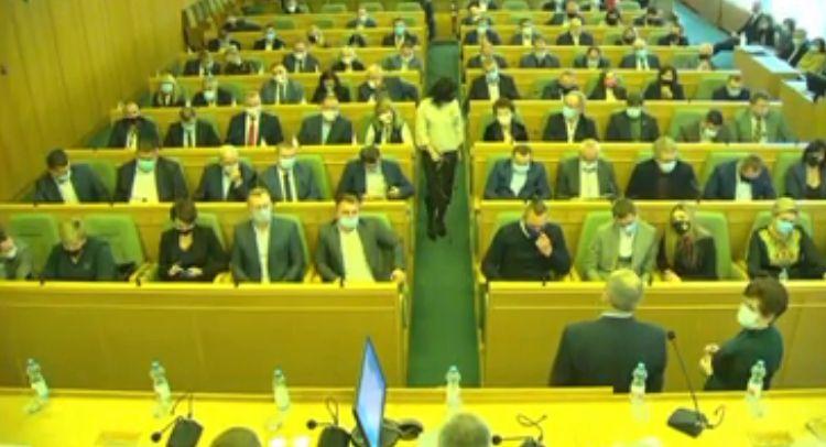 Рівненська обласна рада: 6 із 7 фракцій у Рівненській облраді обрали голів