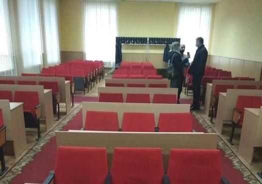 Друге засідання Дубенської райради не відбулося: депутати не прийшли