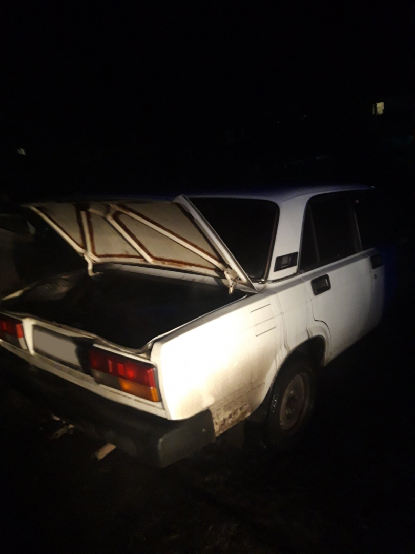 Рятувальники ліквідували пожежу легкового авто в Рівненському районі