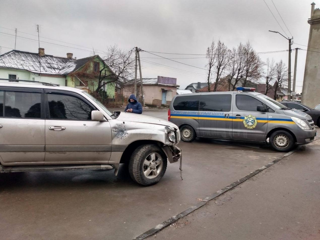 У Дубно поліція вилучила авто підозрюваного у вбивстві (ФОТО)