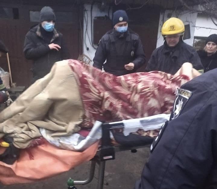 В Костополі чоловік облився паливом та підпалив себе